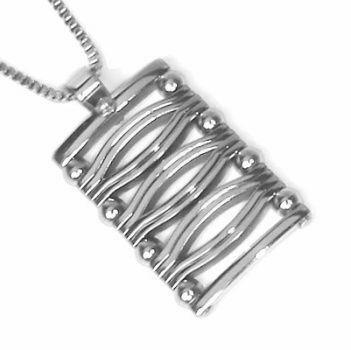 Přívěsek z oceli