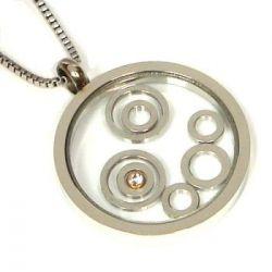 Přívěsek z chirurgické oceli kroužky pod sklem