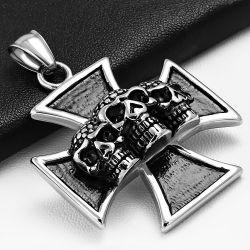 Přívěsek z chirurgické oceli maltézský kříž s lebkami